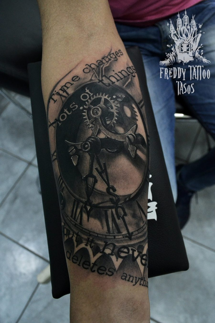 Freddy Tattoo Studio 82